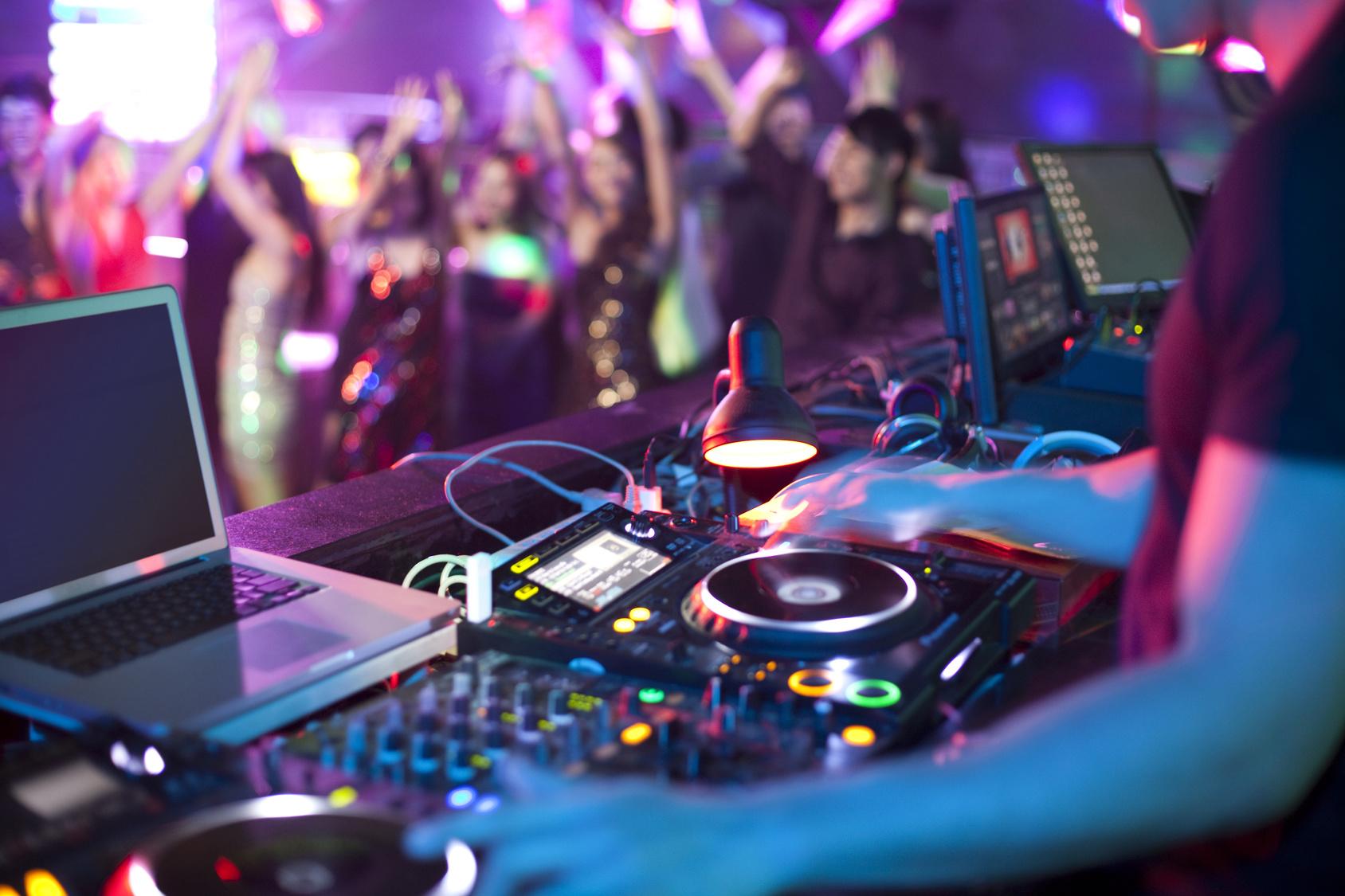 Ihre Hochzeitsband mit DJ